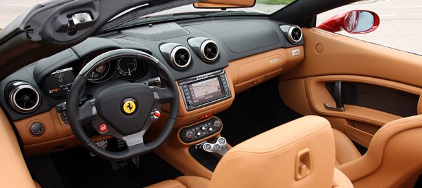 2013 Ferrari California interior