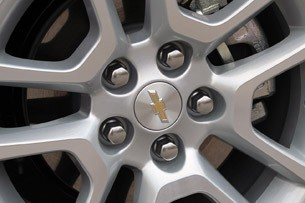 2013 Chevrolet Malibu Eco wheel detail
