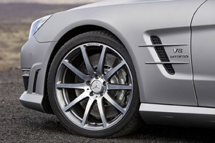 2013 Mercedes-Benz SL63 AMG wheel