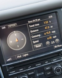 2012 Porsche Panamera Turbo S multimedia system display