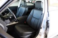 2013 Nissan Altima front seats