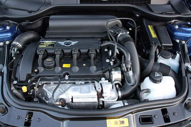 2012 Mini John Cooper Works Coupe engine