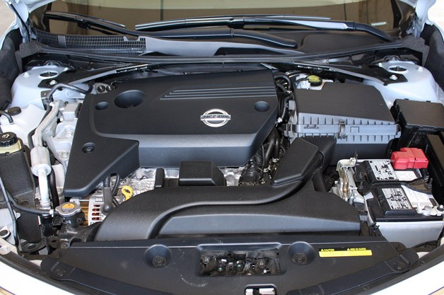 2013 Nissan Altima engine