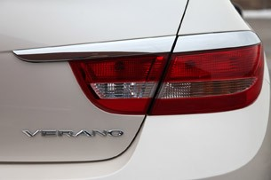 2012 Buick Verano taillight