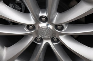 2012 Buick Verano wheel