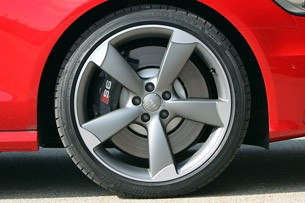 2013 Audi S6 wheel