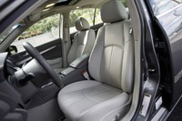 2012 Infiniti G25 front seats