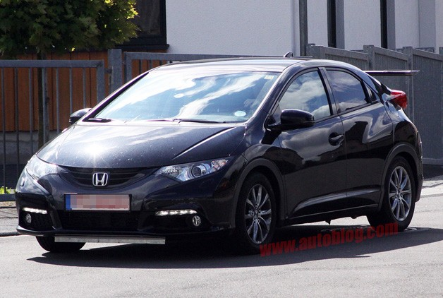 Honda Civc Type R Spy Shots - front three-quarter view