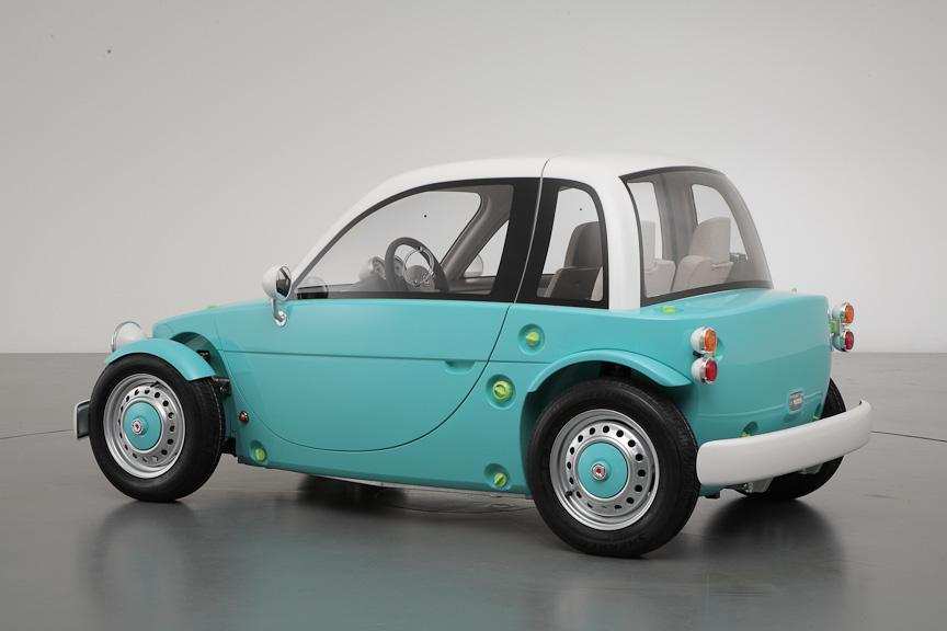 Toyota Displays Family Oriented Camatte Concept At Toy