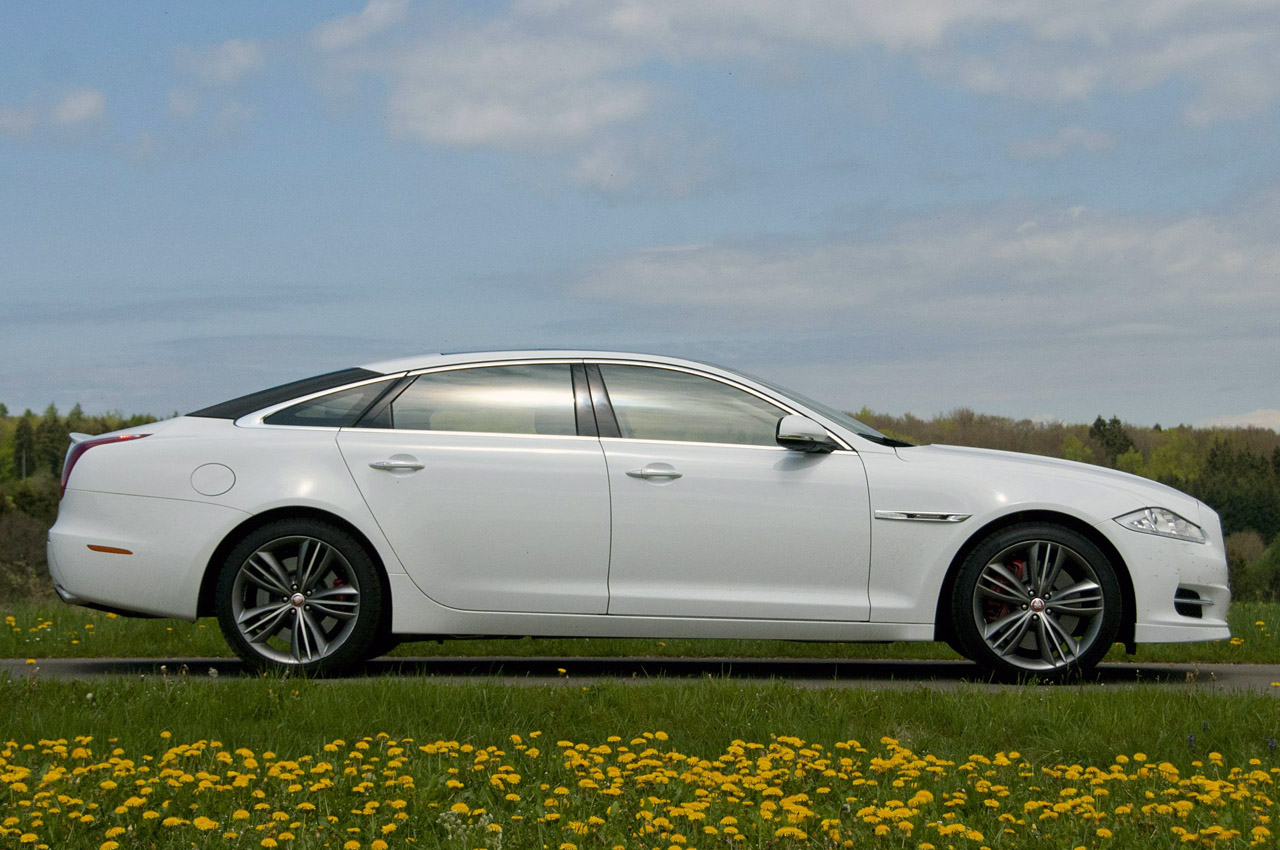 2012 Jaguar Xj Sport And Speed W Video Autoblog