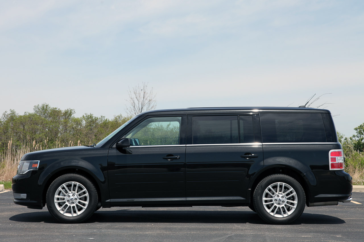2013 ford flex review photo gallery autoblog. Black Bedroom Furniture Sets. Home Design Ideas
