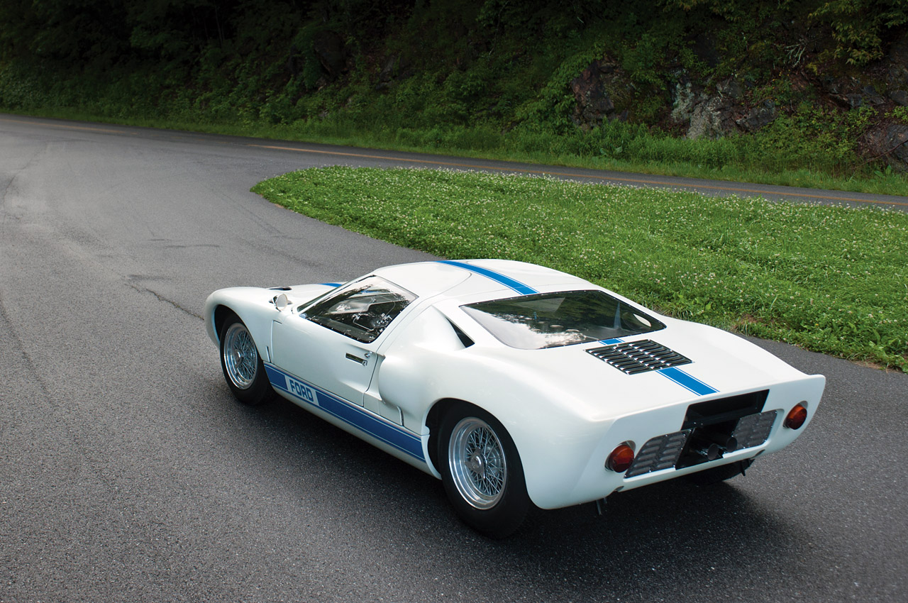 Audi Certified Pre Owned >> 1967 Ford GT40 MKI Photo Gallery - Autoblog