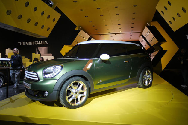 08 mini paceman detroit opt Mini confirms Countryman Coupe coming in early 2013