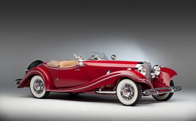 1935 Mercedes-Benz 500K Roadster - red - studio shot