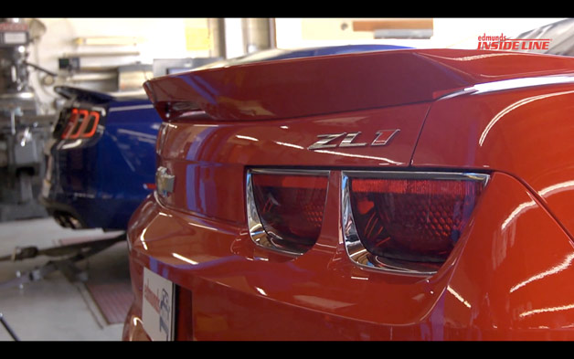 Chevy Camaro Zl1 Lines Up Against Ford Shelby Gt500 On The