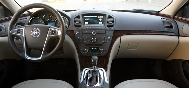 2012 Buick Regal eAssist interior