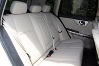 2013 Mercedes-Benz GLK rear seats
