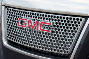 2013 GMC Terrain Denali grille