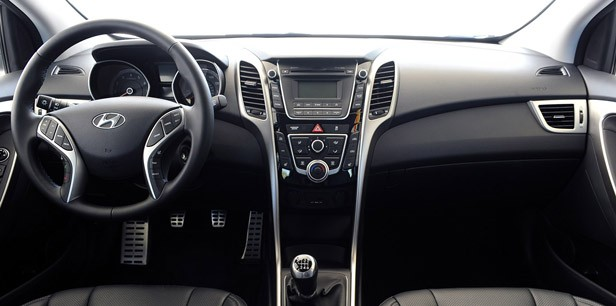 2013 Hyundai Elantra GT interior