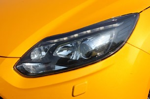 2013 Ford Focus ST headlight