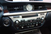 2013 Lexus ES 350 instrument panel