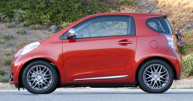 2012 Scion iQ side view