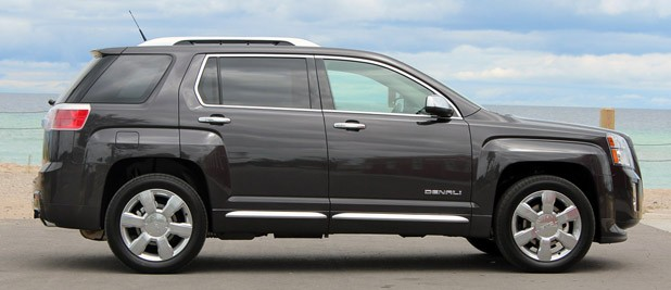 2013 GMC Terrain Denali side view