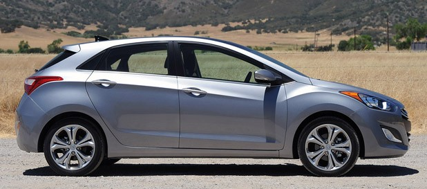 2013 Hyundai Elantra GT side view
