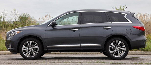 2013 Infiniti JX35 side view