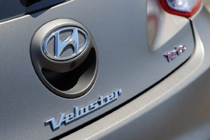 2013 Hyundai Veloster Turbo badges