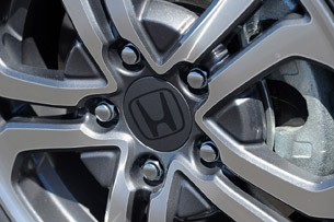 2013 Honda Fit EV wheel detail