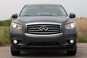 2013 Infiniti JX35 front view