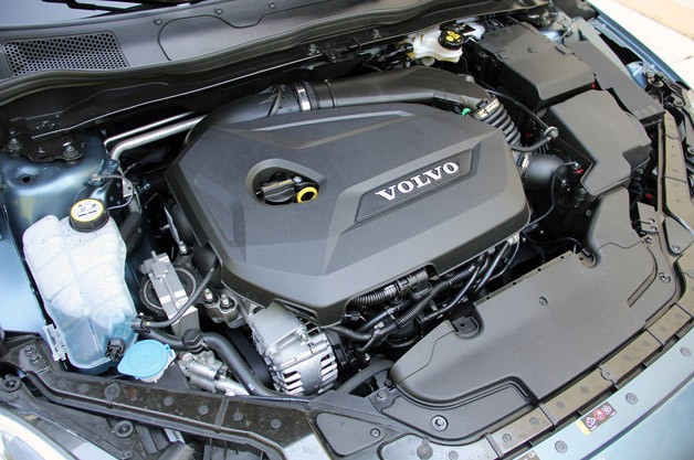 2013 Volvo V40 engine