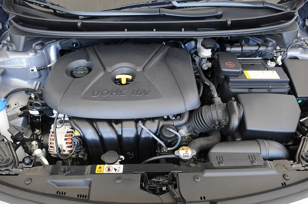 2013 Hyundai Elantra GT engine