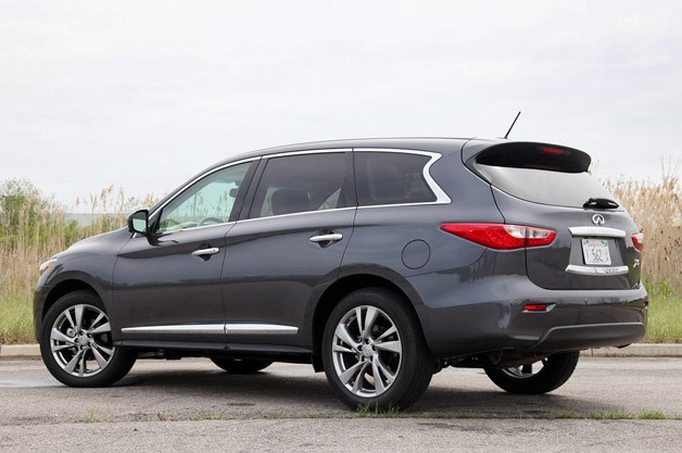 2013 Infiniti JX35 rear 3/4 view