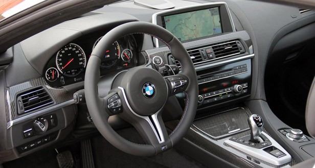 2013 BMW M6 interior