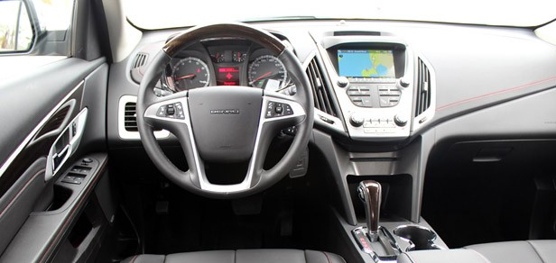 2013 GMC Terrain Denali interior