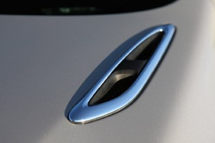 2012 Buick Regal eAssist hood vent