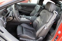 2013 BMW M6 front seats