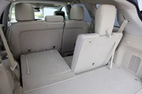 2013 Infiniti JX35 rear cargo area