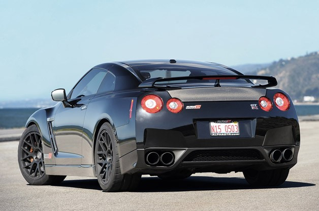 2012 AMS Alpha 12 GT-R rear 3/4 view