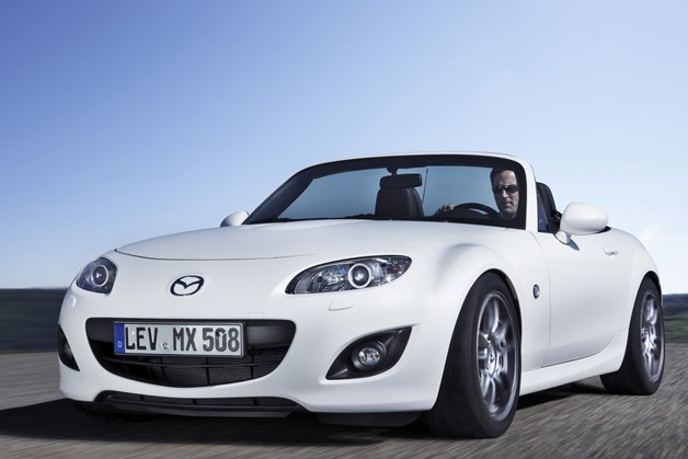Mazda MX-5 Miata Yusho Concept - white, front three-quarter view