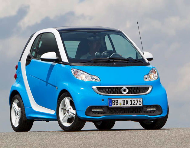 2012 Smart ForTwo Iceshine front three-quarter view, blue and white
