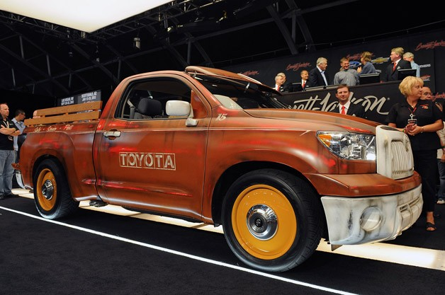 Custom toyota tundra pickup raises 100 000 for charity at for Bj custom designs