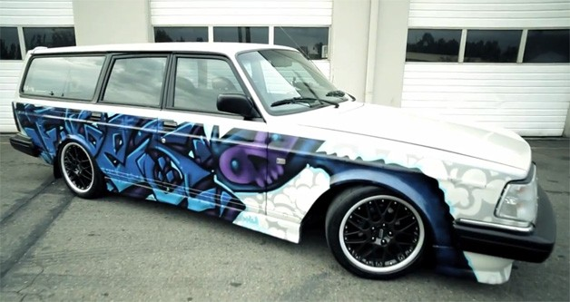 Volvo 245 Graffiti