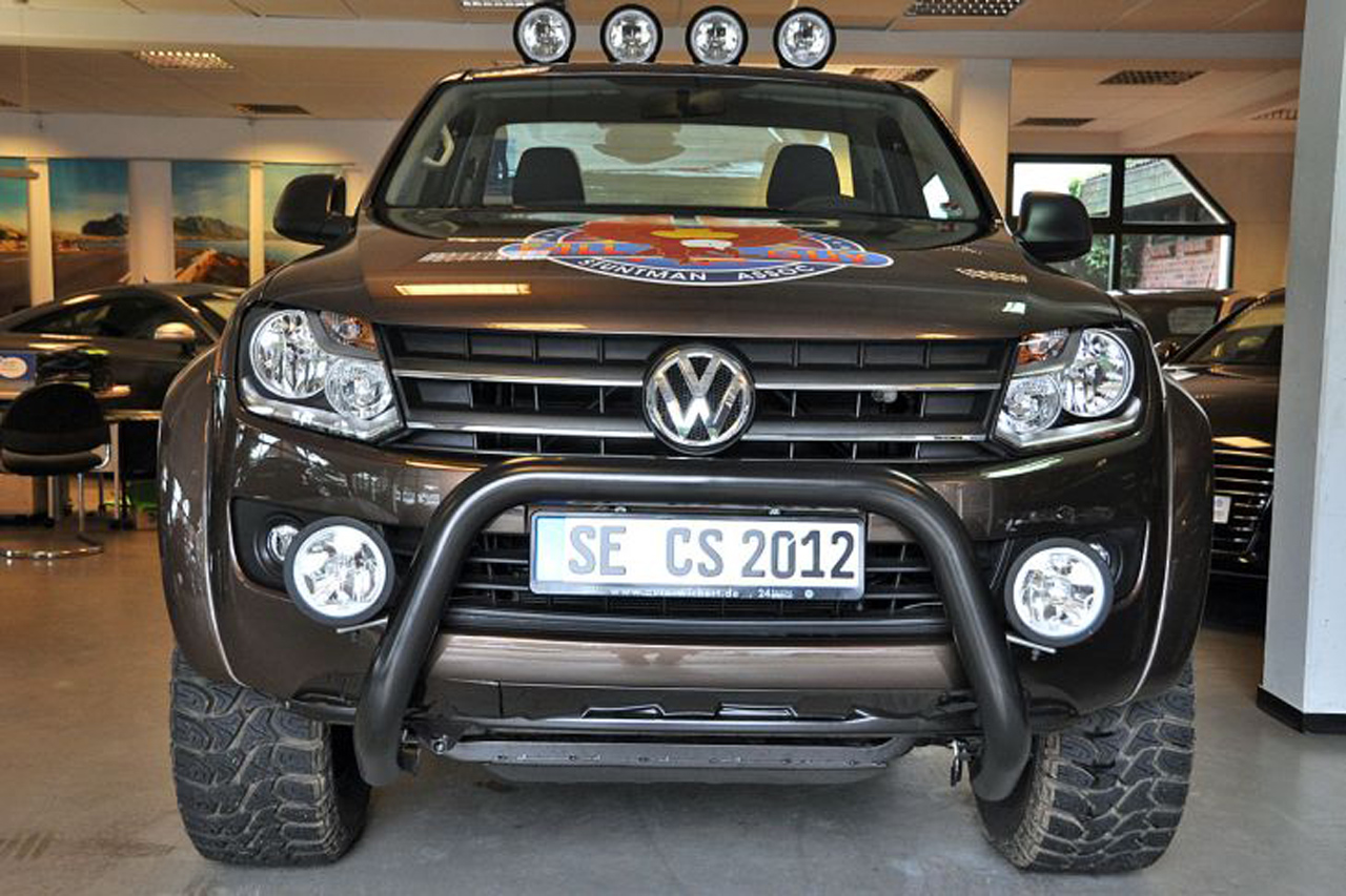 volkswagen amarok cs edition photos
