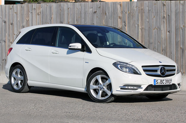 2012 Mercedes-Benz B-Class - white - front three-quarter static view