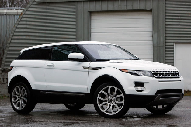 2013 Land Rover Range Rover Evoque - white - front three-quarter view