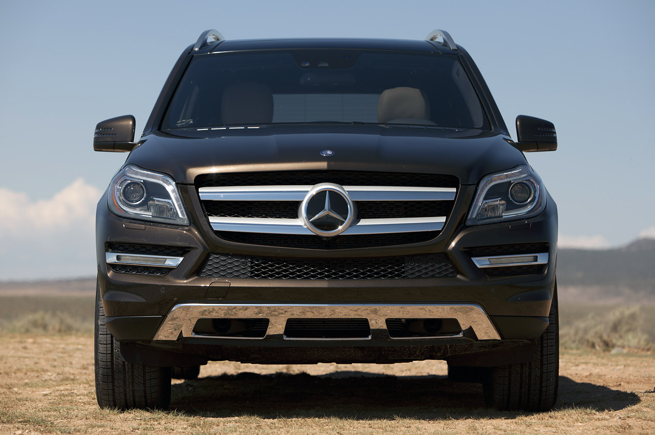 2013 mercedes benz gl450 first drive photo gallery autoblog. Black Bedroom Furniture Sets. Home Design Ideas