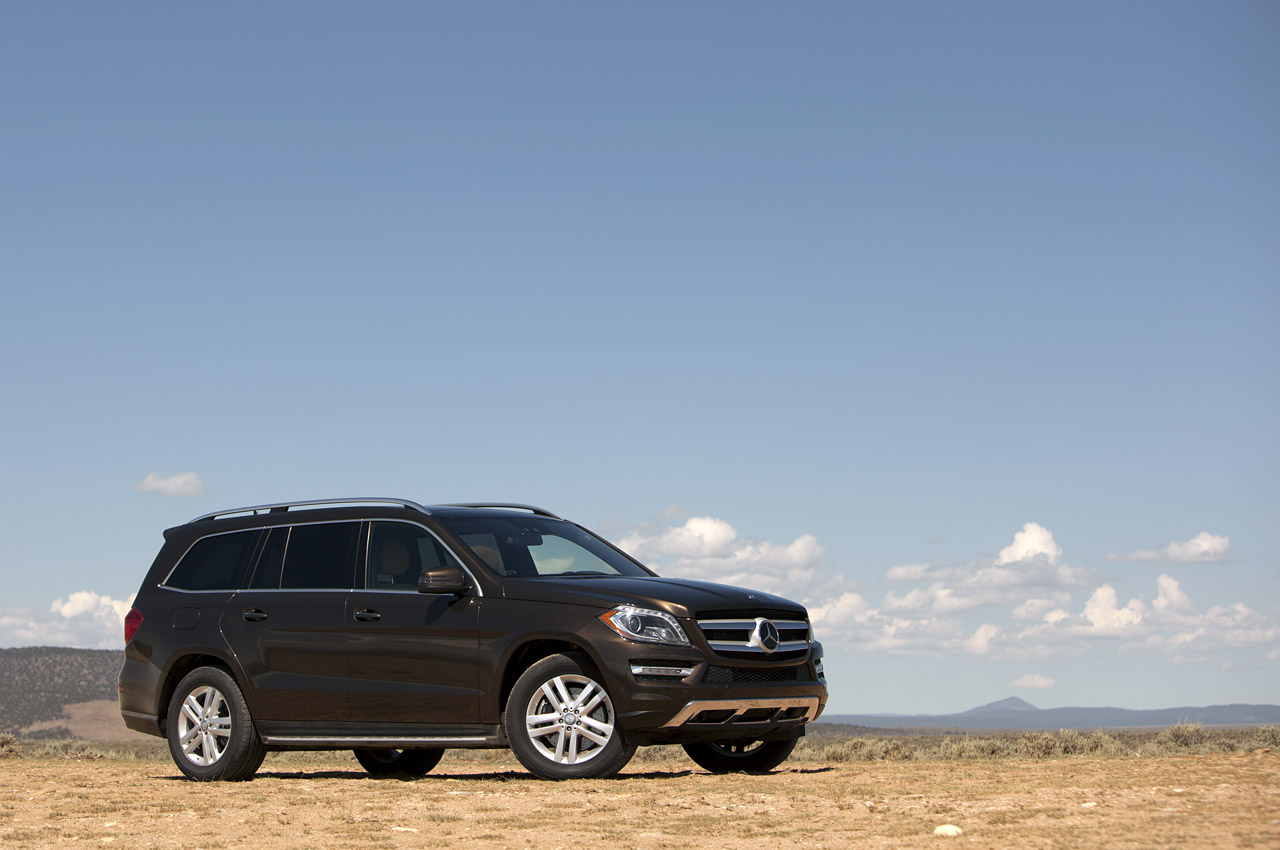 2013 mercedes benz gl450 first drive photo gallery autoblog for Mercedes benz gl 2013